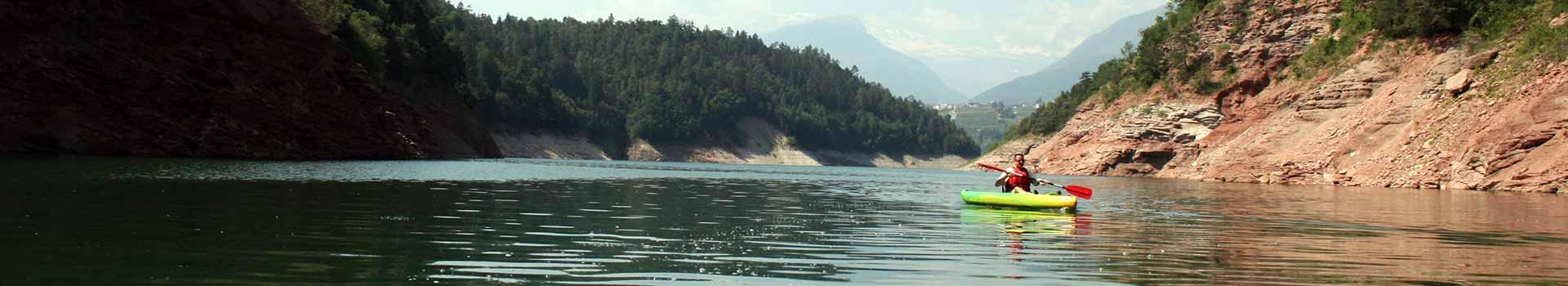 canoa sul lago Santa Giustina